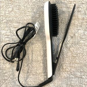 EUC Instyler Straightener Brush